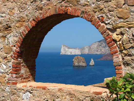 Vista de islotes de Cerdeña