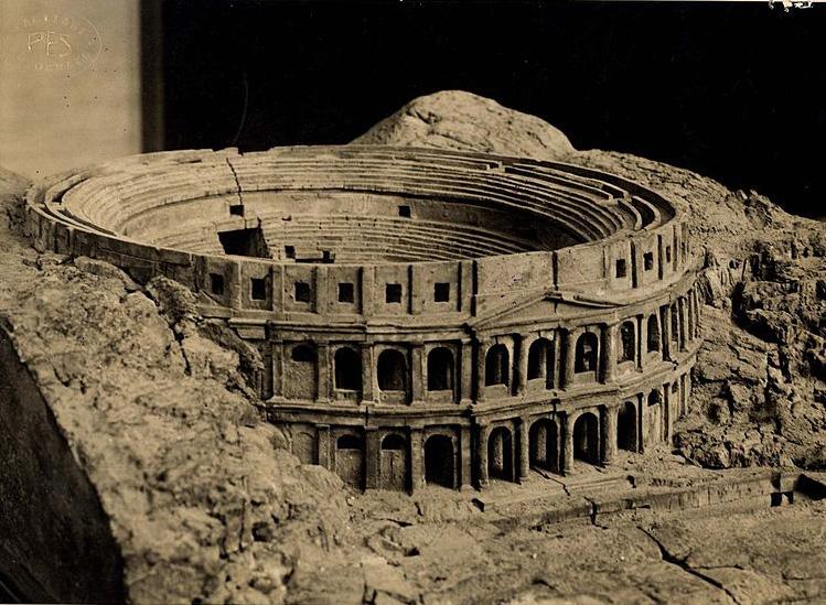 Reconstrucción del anfiteatro romano de Cagliari